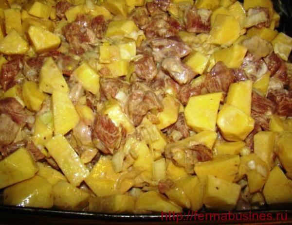 Так выглядит нутрия с картофелем