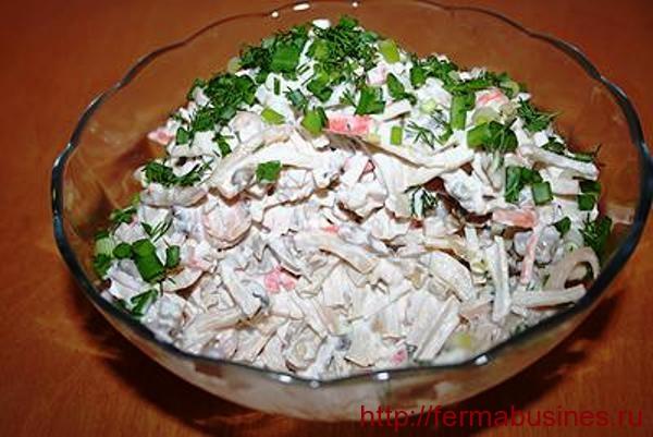 Оформить блюдо с грибами можно так