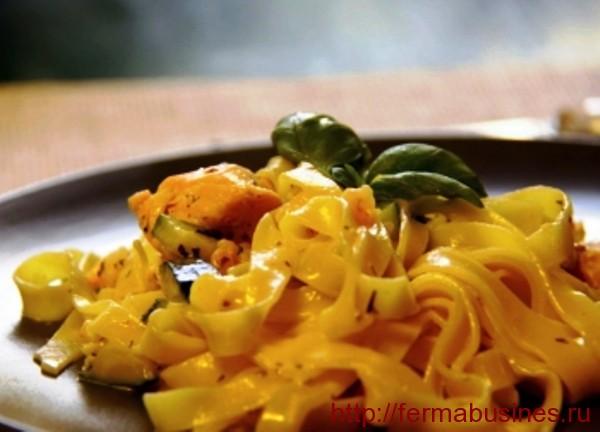 В сливочно-чесночном соусе